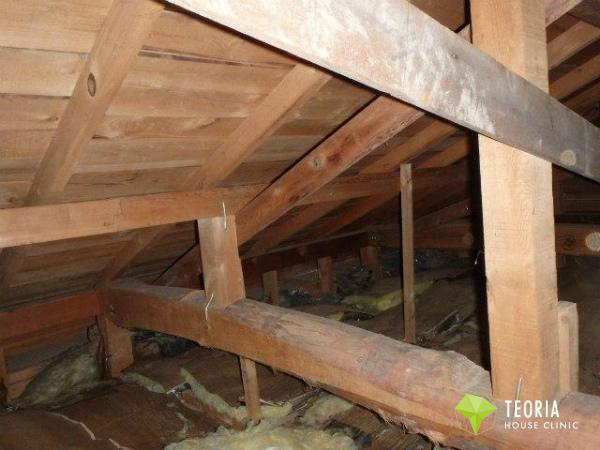施工前の小屋裏の断熱状況
