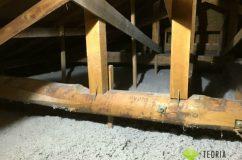 小屋裏の断熱材の施工後