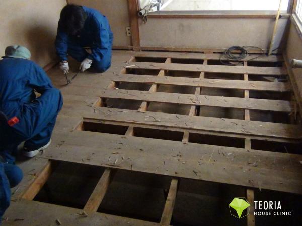 荒床を剥がして施工