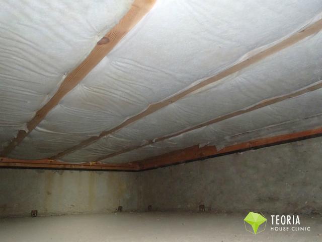 床下断熱材の施工後